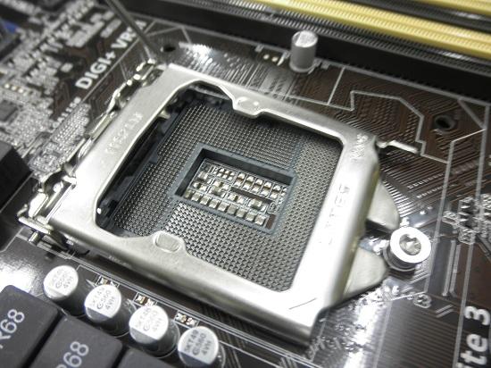 自作PC CPU取り付け