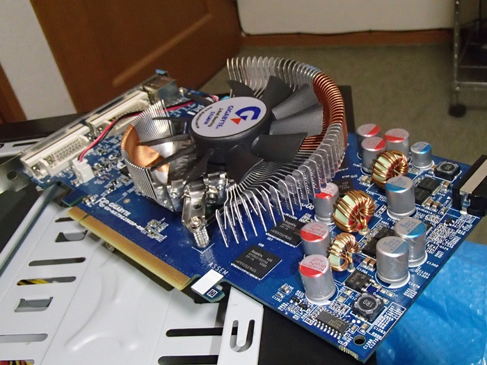 GeForce 7900GS 取り付け