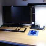 デスクボードで机周りを綺麗に整頓!PCデスクの作業スペースがスッキリ!邪魔なキーボードを収納できる台座がおすすめ!