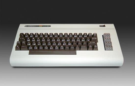 コモドール64型PC