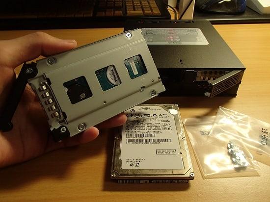 5インチベイ HDD 取り付け