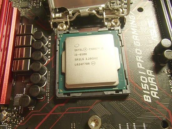 インテルCOre i5 6500